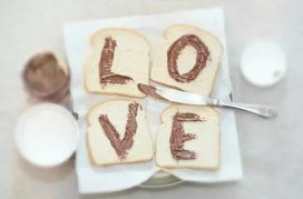 我有面包,你能给我爱情吗?