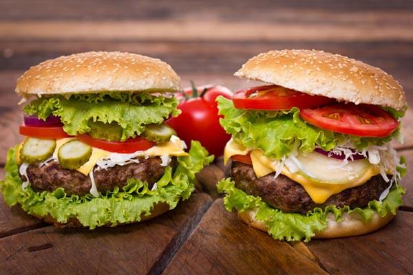 美式牛肉汉堡