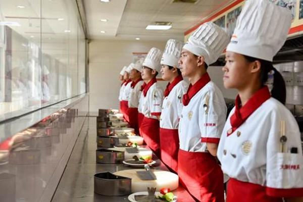 <b>【就业解答】为什么在山东新东方烹饪学院毕业就能成功就业?</b>
