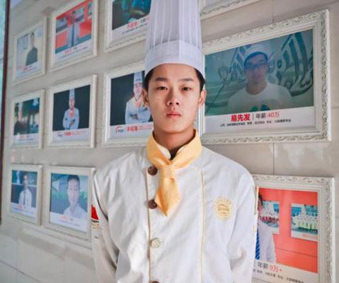 【学子风采】杜善源:看好厨师行业的前景,我选择了学厨师!