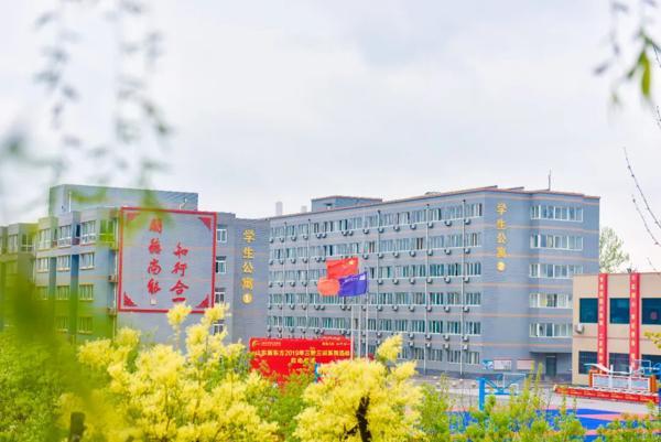 <b>【新东方·校园印象】听说,同学们都开始想念校园了?</b>