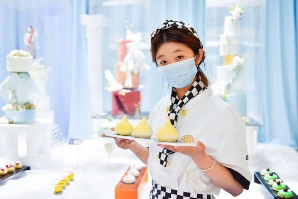 <b>【新生故事】桑雨晴:15岁的女生该学什么,山东新东方给了我方向</b>