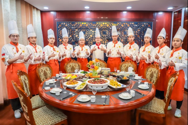 <b>【年夜饭】喜迎中国年,这是专属新东方学子们的新年仪式感!</b>