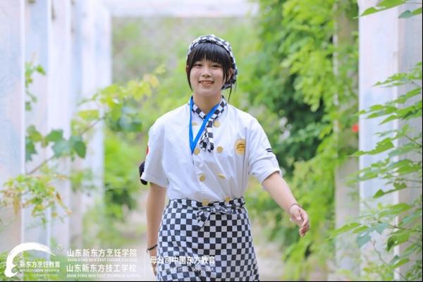 【新生故事】韩晓璐:中考择校,学西点我选择山东新东方!